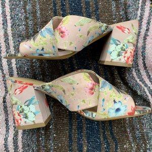 Apt 9 floral heels
